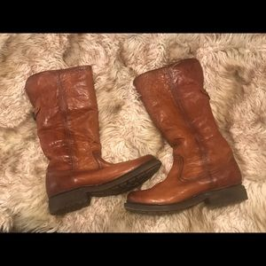 New Fye Shearling Lined Leather Boots